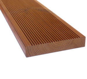 The manufacturing of pine decks